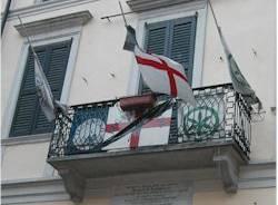sede lega nord carroccio varese balcone bandiere