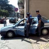 volante automobile agenti polizia intervento