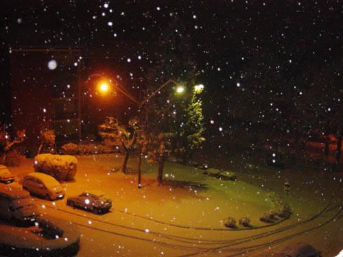 La neve scende di notte...