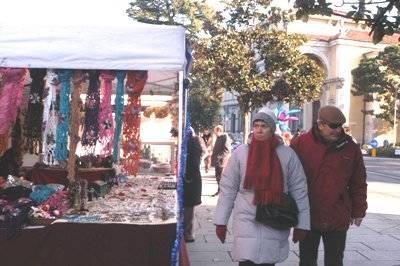 mercatino natale luino
