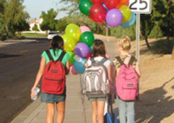pedibus scuola a piedi