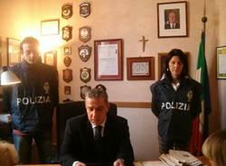 scalise polizia busto