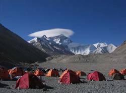 eco hymal patrizia broggi ospedale in tibet pannelli solari