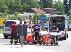 incidente rotonda gazzada ciclista