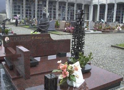 cimitero_vandali_luino