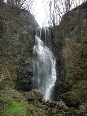 la cascata del pesegh e la filanda ranchet brinzio