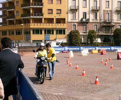 ruote sicure piazza repubblica 2007 studenti