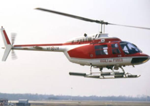 Elicottero Vigili Del Fuoco Verde : Allarme sul villoresi intervengono pompieri e