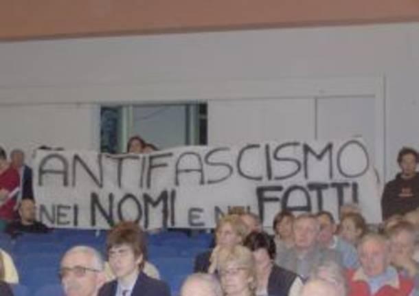 giovani antifascisti bustocchi striscione fondazione blini