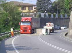 incidente curvone gavirate aprile 2007