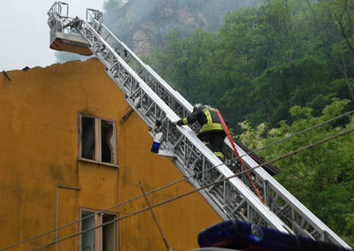 incendio_porto_ceresio