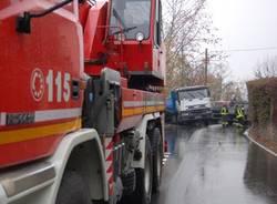 camion_ribaltato_cunardo_sp_43