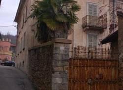 villa_immondizia_via_dei_rossi_Cuasso_morto_in_casa