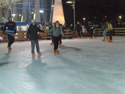 pista sul ghiaccio saronno