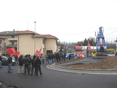 sciopero rotonda Castronno gennaio 2008