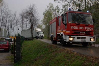 camion impantanato luino