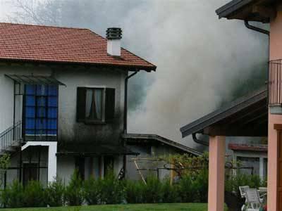incendio casa portovaltravaglia