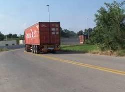 via piombina sacconago 31-7-2008 camion mezzi pesanti tir