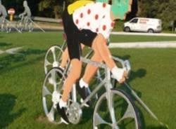 ciclisti leghisti rotonda buguggiate verdi