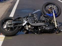 incidente lonate pozzolo moto auto