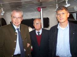 autobus double decker inglese visite oculistiche gratis per bambini busto arsizio 20-9-2008 marco rossi gaetano baviera paolo garimoldi