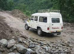 galleria viaggio subcontinente indiano stefano marcora settembre 2008 sikkim himalaya gippone jeep