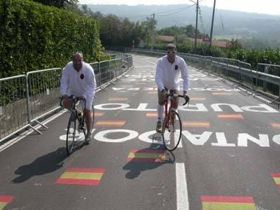 Gli Hic sunt Leones, dal rugby alla bicicletta