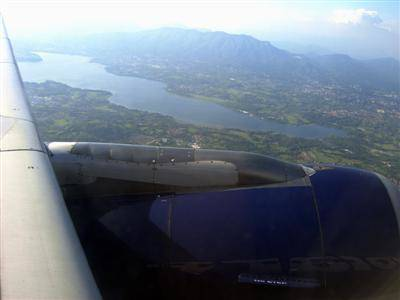 Il lago di Varese dall'oblò