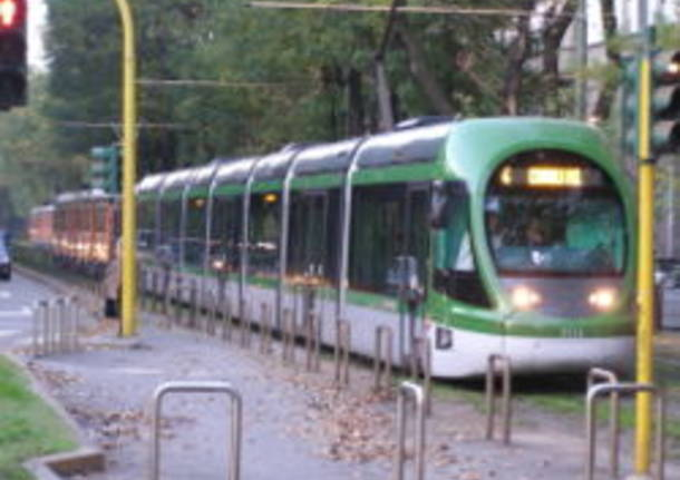 jumbo tram milano