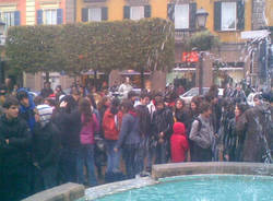 manifestazione varese studenti