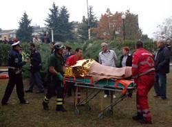 uomo caduto grata via rossini busto arsizio