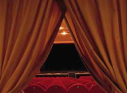 Teatro, sipario, palcoscenico, commedia, compagnia teatrale