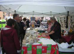 mercato contadino cardano al campo