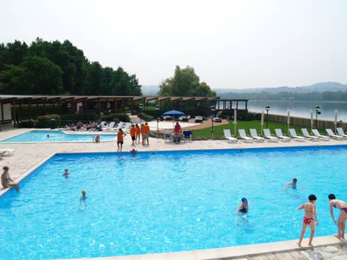 La nuova piscina al lido della schiranna varesenews foto - Piscina busto arsizio ...