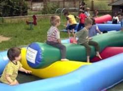 bambini giochi gonfiabili