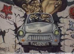 berlino muro east side gallery murales