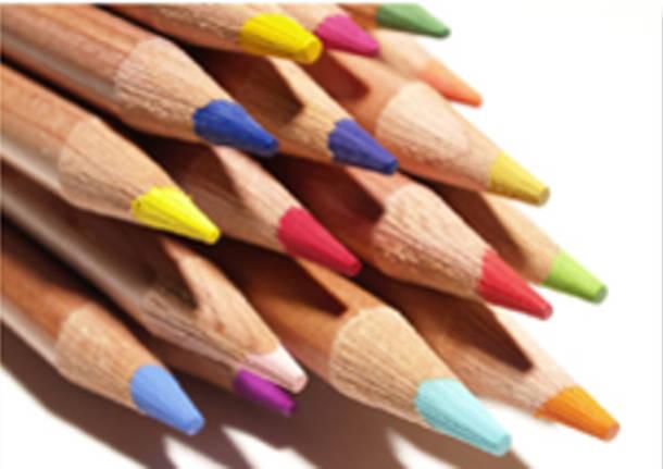 matite colorate, apertura arte