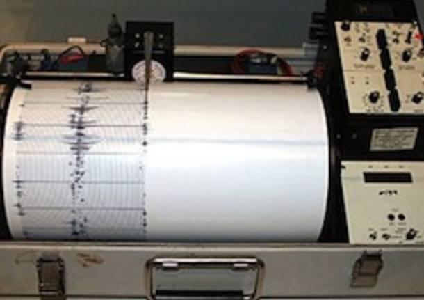 Gentiloni, impegno totale per sisma