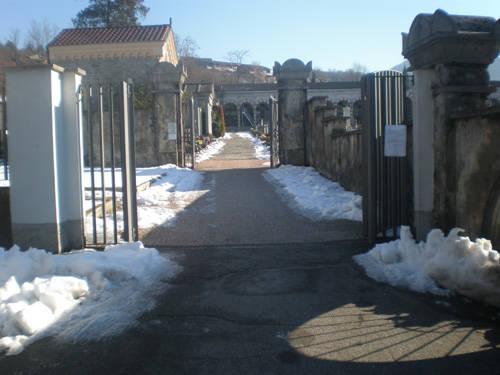 cimitero luino neve 2009