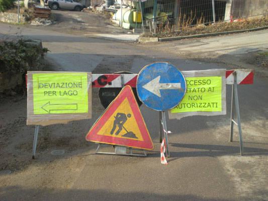 casciago morosolo lavori manto stradale cartelli chiusura strada
