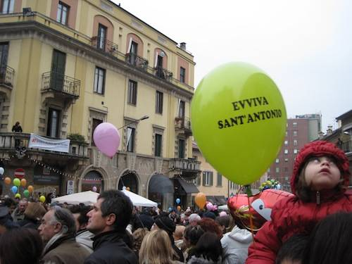 festa sant'antonio benedizione palloncini