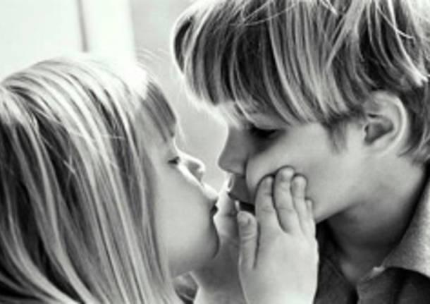 bacio bambini san valentino