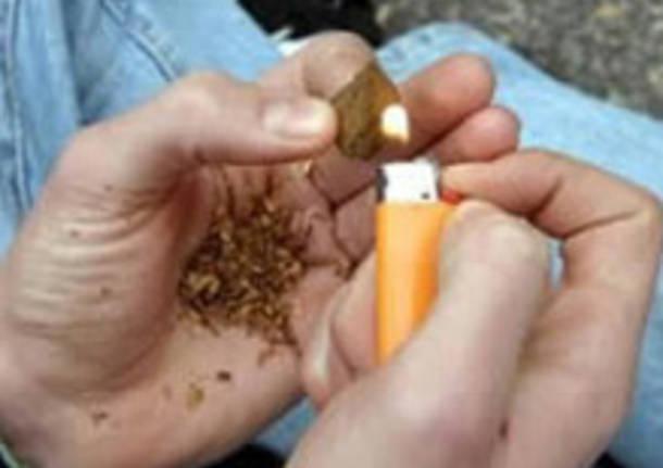 Firenze: droga in auto (coca e hashish). Arrestato a Novoli dopo l'inseguimento