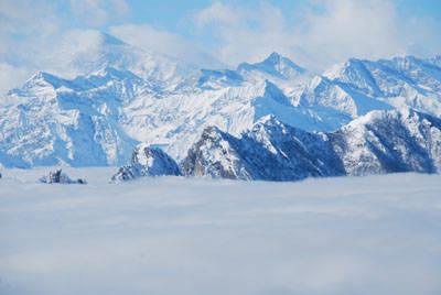 Monti in un mare di nuvole