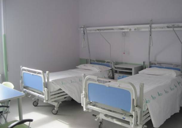 ospedale tradate letti formigoni