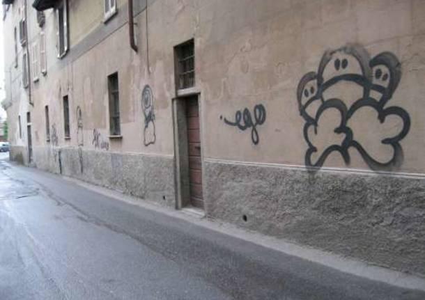 busto arsizio san michele via matteotti degrado aprile 2010