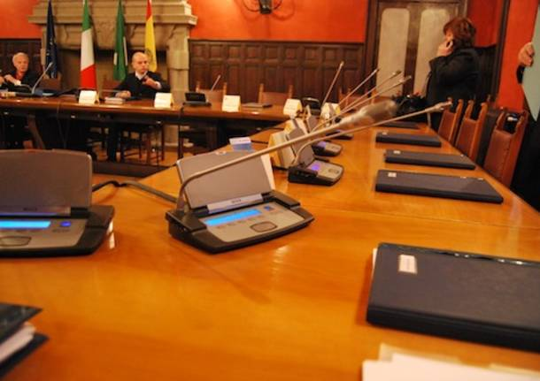 consiglio comunale somma lombardo 2010