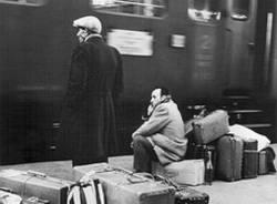 emigranti treno frontalieri