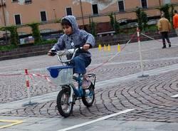 bimbinbici piazza repubblica 2010 varese biciletta