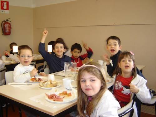 i bambini fotografano i bambini scuola IV novembre
